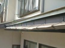 施工前の雨樋